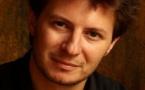 AUTEUR, ADAPTATEUR et METTEUR EN SCENE : Sébastien AZZOPARDI